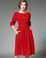 Pinched waist European style slim pleated dress for women