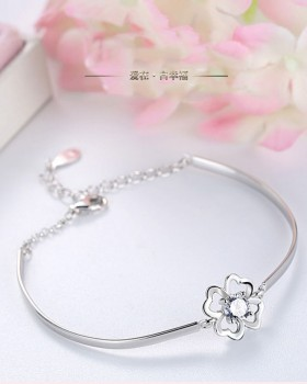Silver antique silver wristband fashionable bracelets