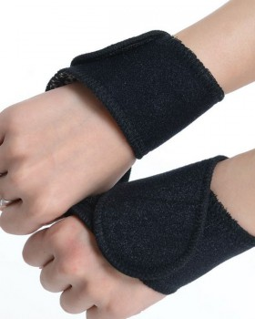 Sports cozy fashion Self heating pure bracers