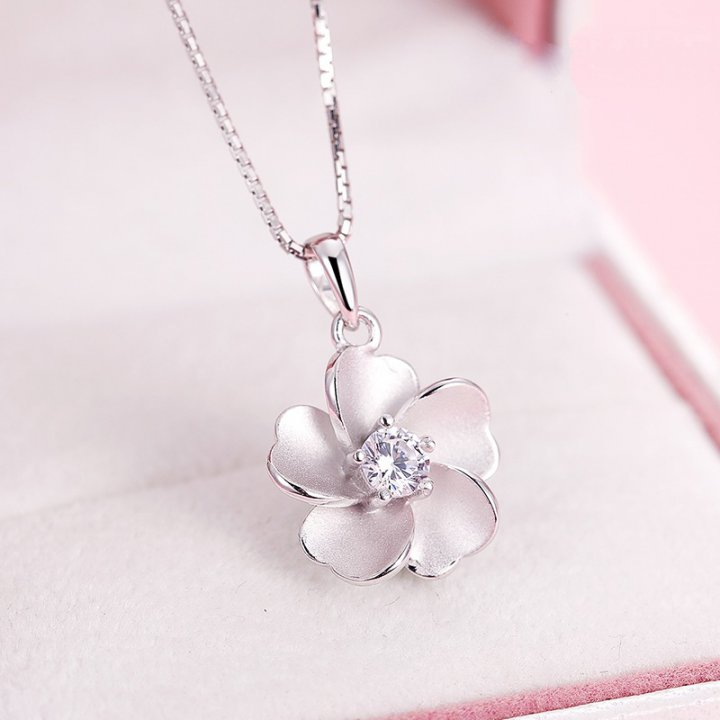 Silver fashion Korean style necklace for women
