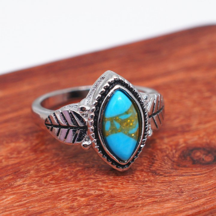 Gem turquoise retro leaves ring