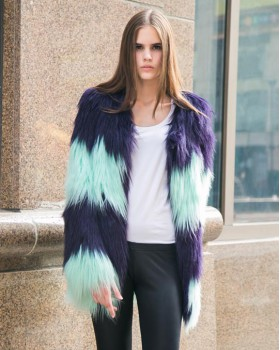 Splice fluorescent coat long hair overcoat