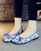 Flat cozy embroidered rubber spring and summer cloth shoes