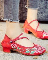 Embroidered flowers gum-rubber outsole round cloth shoes
