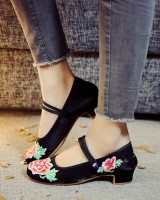 Embroidered spring national style cloth shoes for women