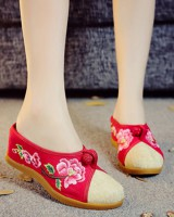 National style embroidered slippers for women