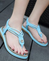 Casual large yard summer sandals metal cozy flattie