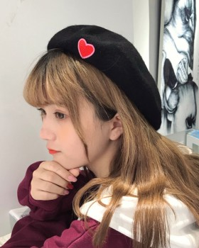 Retro embroidery heart maiden woolen hat