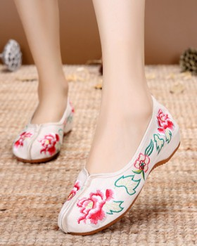 Spring and summer thick crust elegant cloth shoes