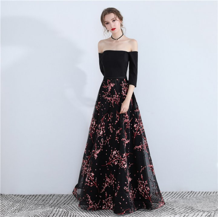 Sexy flat shoulder black evening dress long temperament dress