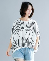 Simple line large yard T-shirt bat sleeve loose tops