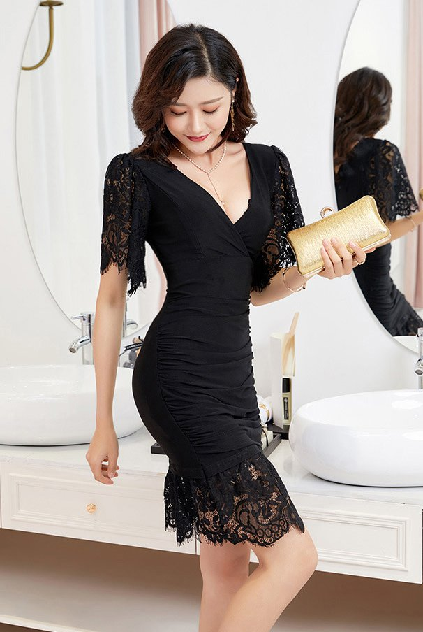 Lace sexy V-neck pinched waist nightclub low-cut splice dress