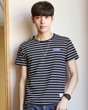 Stripe round neck summer short sleeve Korean style T-shirt