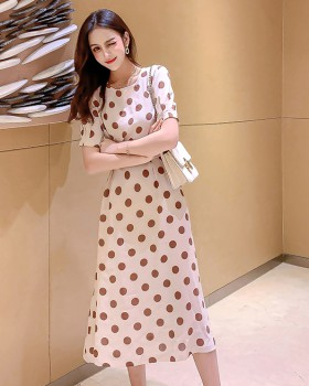 Short sleeve exceed knee polka dot lady dress