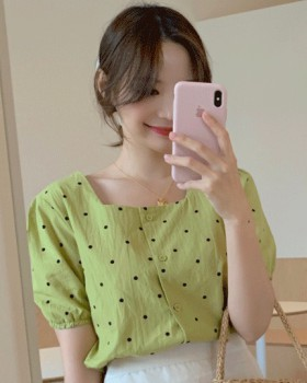 Short sleeve Korean style polka dot shirt