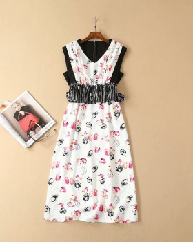 Floral package hip white pinched waist dress for women