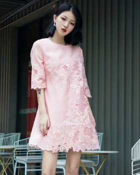 Cozy round neck fashion embroidered Chinese style dress