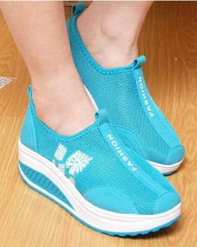 Casual summer shoes breathable shake shoes for women