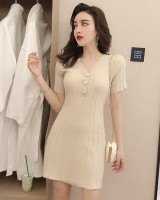 V-neck pinched waist crimp short sleeve dress