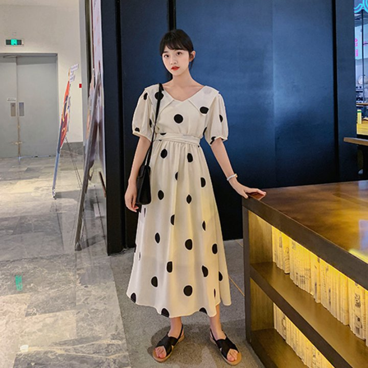 V-neck beautiful Western style summer long dress for women