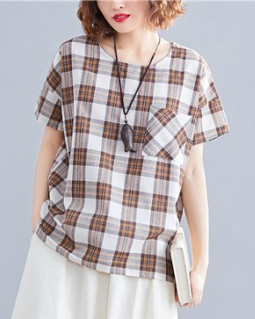 Short sleeve tops plaid pattern T-shirt for women