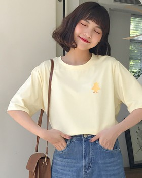 Small animal lovely embroidery college style T-shirt