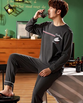 Round neck feather autumn and winter pajamas for men