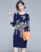 Embroidery autumn bow slim frenum dress