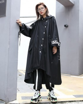 Long and short in front coat pin windbreaker for women