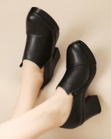 Large yard leather shoes platform for women