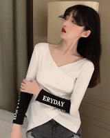 Short bottoming V-neck slim tops autumn letters Pseudo-two T-shirt
