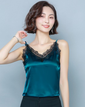 Spring and summer lace bottoming shirt sling vest