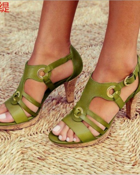 High-heeled spring and summer large yard sandals