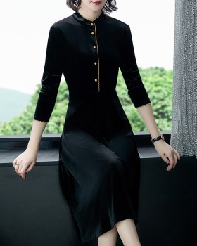 Black autumn and winter pinched waist dress for women