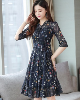 Fashionable floral chiffon summer dress for women