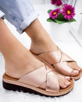 Large yard light sandals for women