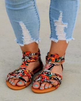 Large yard summer flat sandals for women