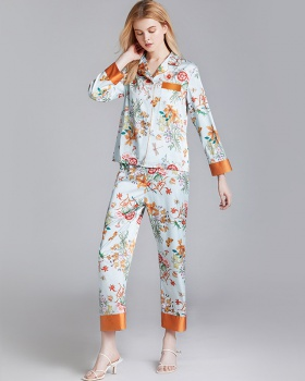 Wears outside silk thin pajamas a set for women