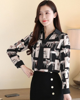 Western style small shirt bottoming tops for women