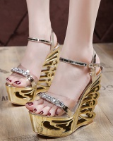 Metal decoration platform high-heeled sandals