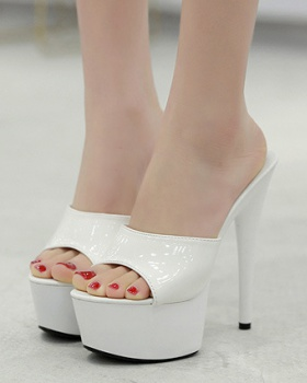 High platform patent leather shoes for women