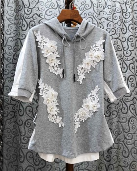 Embroidery T-shirt beading tops for women