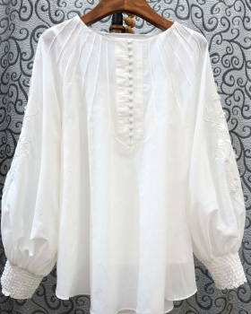 Spring and summer tops embroidery shirt for women