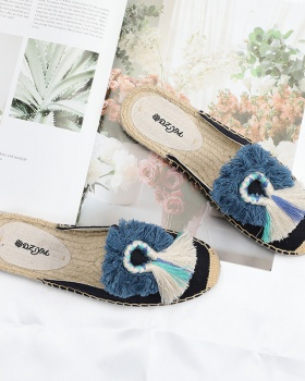 Weaving half shoes embroidered hairball slippers for women