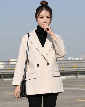 Long black overcoat woolen autumn and winter coat