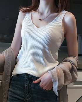 Sleeveless knitted vest sling bottoming shirt
