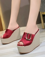 Slipsole platform shoes thick crust slippers for women
