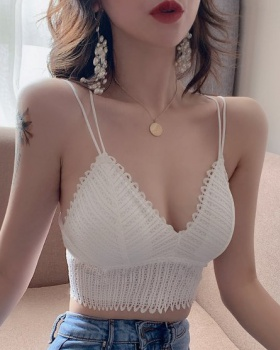 V-neck wears outside hollow lace vest for women