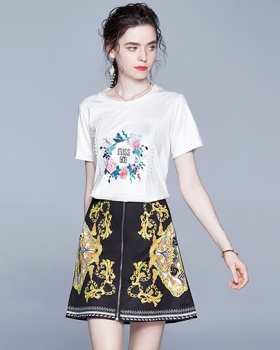 Tender retro T-shirt summer fashion short skirt 2pcs set