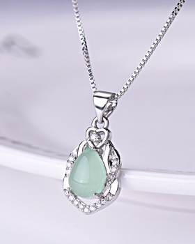Pendant light color jade zircon clavicle necklace for women